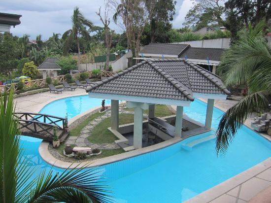 Our room family santorini villa picture of estancia resort tagaytay tripadvisor for Tagaytay resort with swimming pool