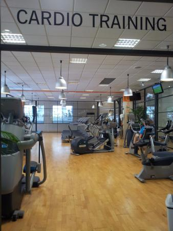 salle cycling photo de genae fitness club ecully ecully tripadvisor. Black Bedroom Furniture Sets. Home Design Ideas