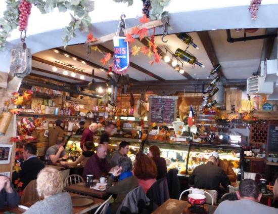 Cafe Bistro Mittendrin