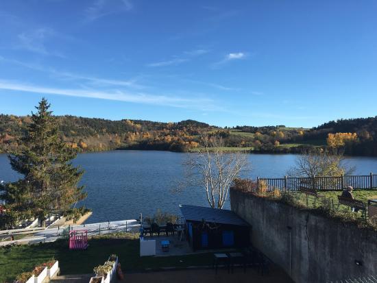 Aydat, ฝรั่งเศส: L'automne à la cocotte
