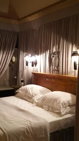 Pievescola, Itália: 照明も素敵