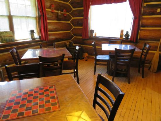 Hungry Horse, MT: Linger over coffee and enjoy a board game or two.