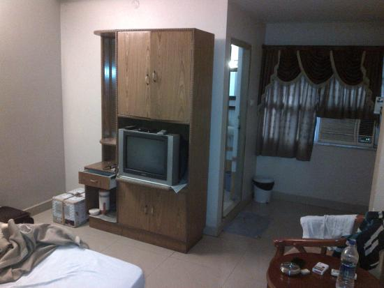 Hotel Akshaya: The cupboard and TV