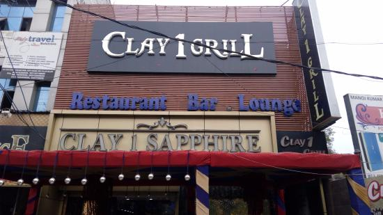 Clay 1 Grill