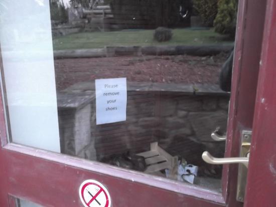 Bellingham, UK : No shoes sign