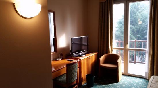 Hotel Visconti: psaci stul a balkon