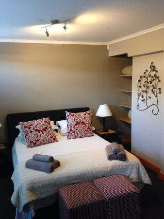 Hillview Self-Catering Apartments: Room