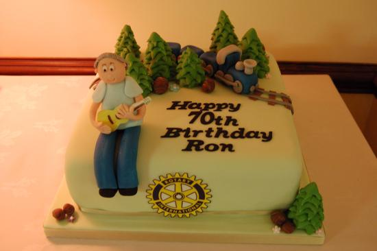 Llanfairfechan, UK: Rotarian Ron's birthday