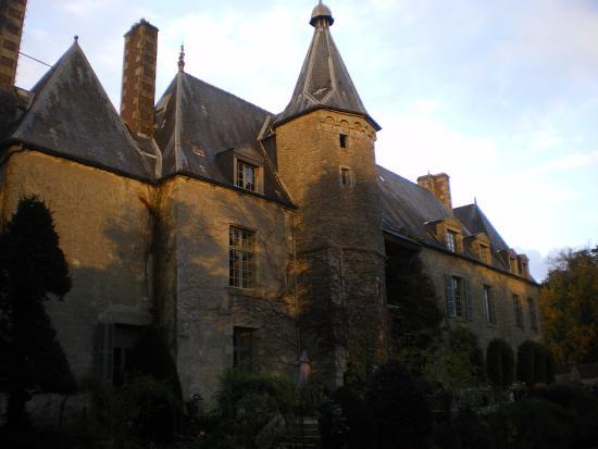 Saint-Paterne, Frankrike: Chateau