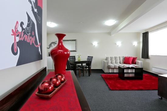 โฮมสเตด วิลลา โมเต็ล: Luxury Suite