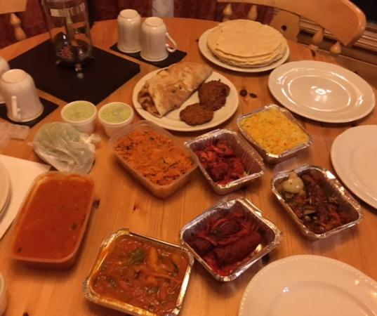 The Taj Mahal Indian Restaurant & Takeaway: A Feast For Two lol