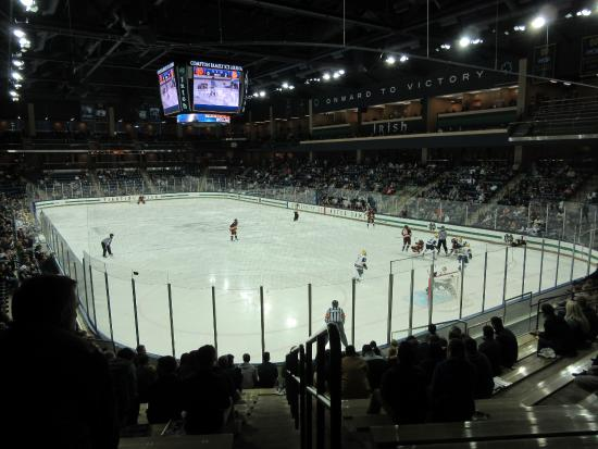‪Compton Family Ice Arena‬