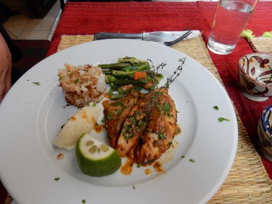 Restaurant La Tolerance : white fish with lemon and parsley