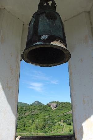 Wat Khao Krailas: колокол на горе