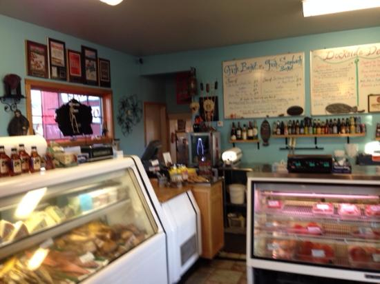 Dockside fish market grand marais mn top tips before for Fish market hours