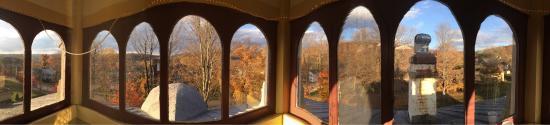 The Towers Victorian Inn: photo2.jpg