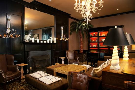 Congress Hall: Cozy up fireside in the Brown Lounge