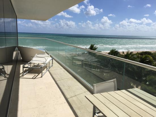 Grand Beach Hotel Surfside Balcon Qui Fait L Angle Suite Ocean Front