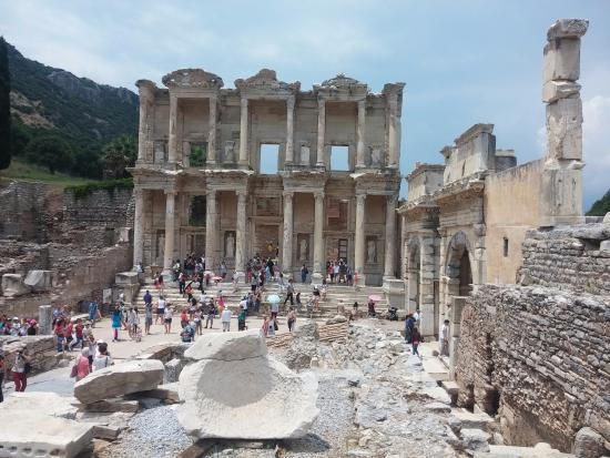 izmir, selçuk, efes antik kenti-celcius kitaplığı ...