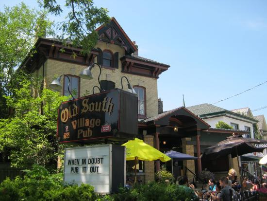 Old South Village Pub: The Pub