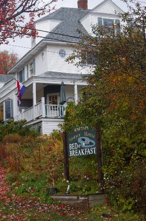 Captain Sawyer House Bed and Breakfast: The B&B