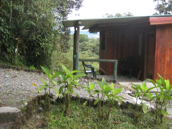 Cosanga, Equador: Cabin exterior