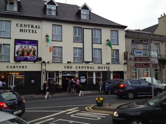 La facciata picture of the central hotel donegal donegal town tripadvisor for Hotels in donegal town with swimming pool