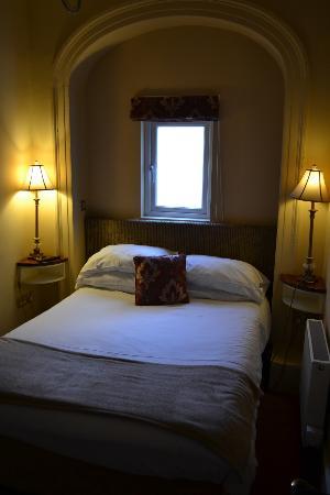 Gabriel House B&B: Zimmer Bett