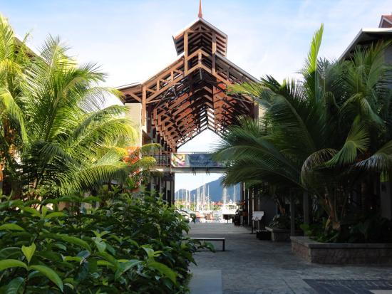 Isla de Eden, Seychelles: Эдэн Плаза