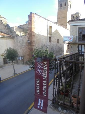 Hostal Puerta Medina: Vistas desde la habitación