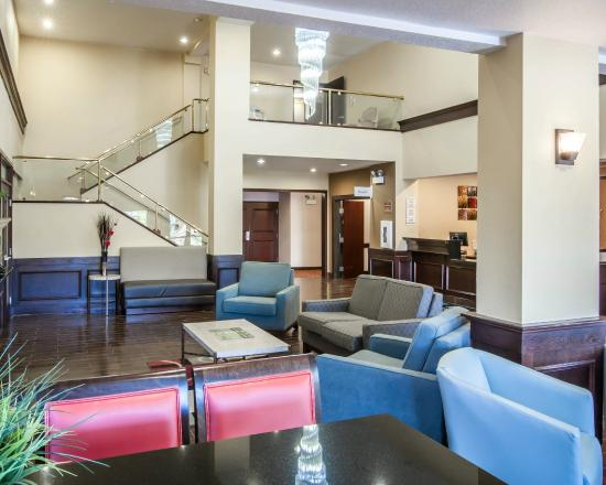 Quality Suites : lobby