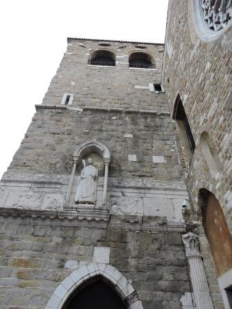 Risultati immagini per il campanile di San Giusto in Trieste: particolare con San Giusto
