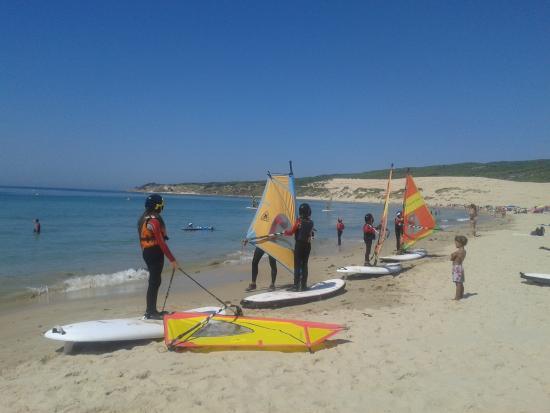Cortijo Las Piñas: Clases de windsurf para niños