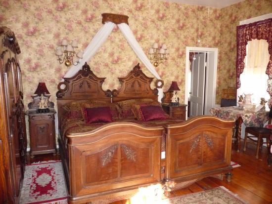 The Historic American River Inn: Room 5