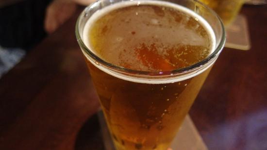 Yard House: ビール!