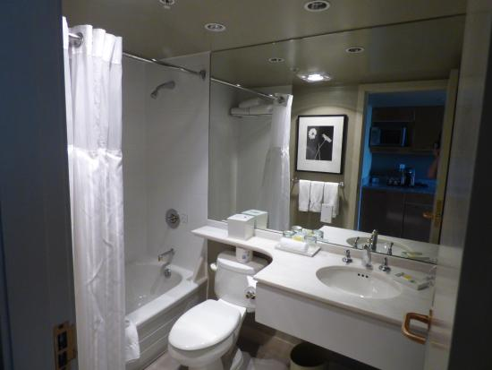 Bad Lighting And Simple Showerhead