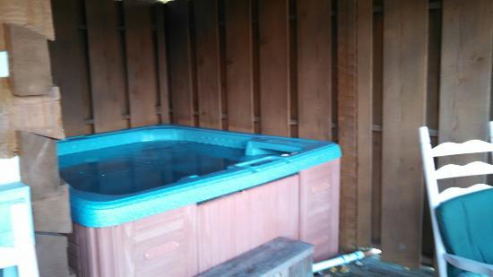 Timberwinds Log Cabins: #144 Heaven's Gate