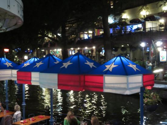 Night Dining On The Riverwalk Picture Of Republic Of