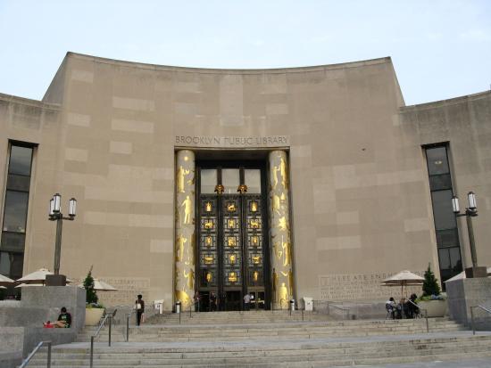 Brooklyn Public Library--Main Branch: fachada