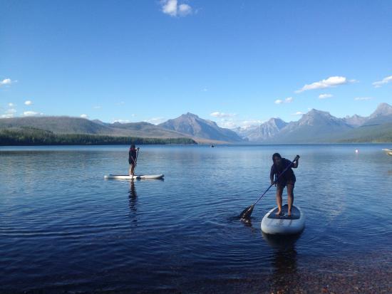 Apgar Village Lodge: paddle board ยืนพาย