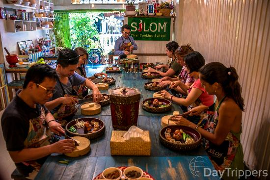 ‪Silom Thai Cooking School‬