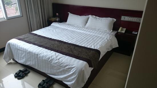 Golden Hill Hotel: スリッパの代わりにサンダル