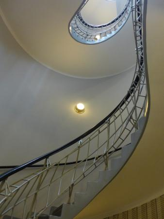 Grand Cafe : deco stairwell up to second floor (cafe)