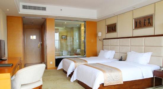 Aoyuan Golf Hotel