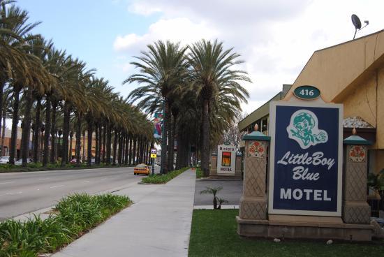 Little Boy Blue Motel : Вид с улицы
