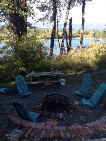 HI-Shuswap Lake Hostel: photo2.jpg
