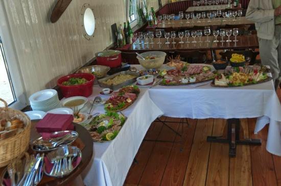 Walluf, Tyskland: Buffet - Feiern in der Schwabbel