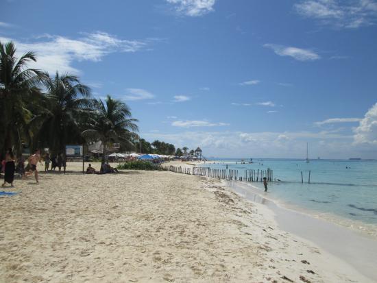 Cabanas Maria Del Mar: beautiful beach
