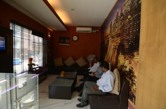 Hotel La Vista: Reception Area