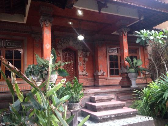 Suka Beach Inn: photo0.jpg